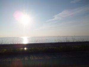 今朝の長浜海岸です(^^♪